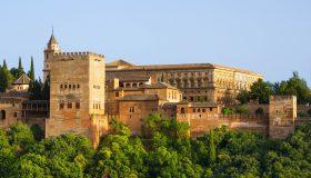 alhambra-872599_1280