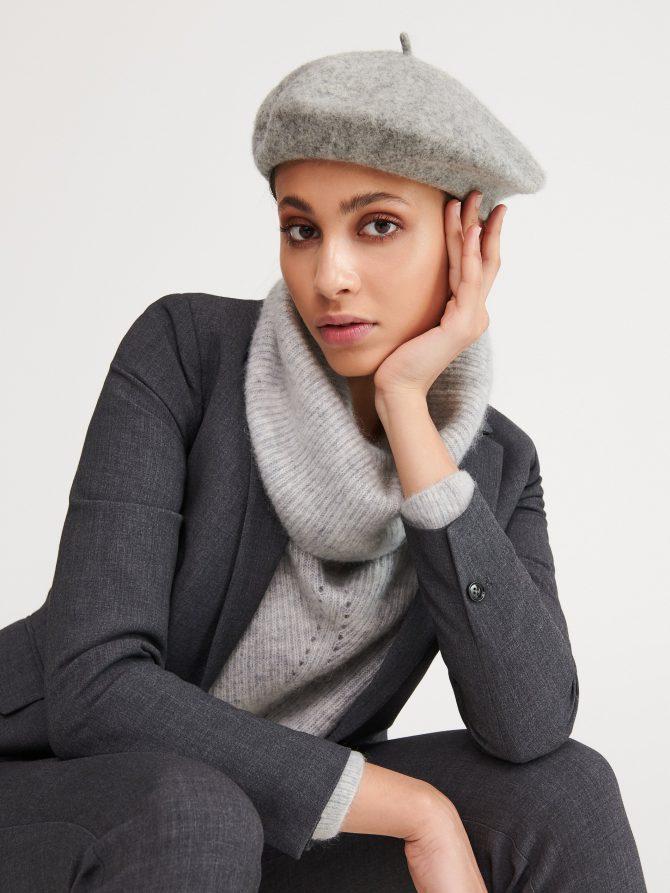 wełniany beret